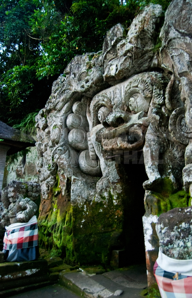 bali_elephant cave_2013_01
